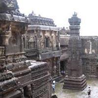 Mumbai - Aurangabad - Dhar - Mandu - Indore - Ujjain - Bhopal - Orchha - Gwalior - Delhi