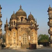 Ahmedabad - Dasada - Bajana - Gandhidham - Dholavira - Narayan Sarovar - Mata no Madh - Mandvi - Bhuj