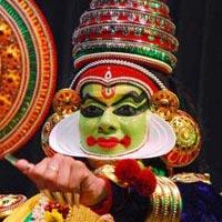 Cochin - Munnar - Thekkady -Alleppey houseboat - Kovalam - Trivandrum