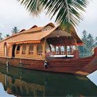 Alleppey - Kochi - Kovalam - Kumarakom - Munnar - Thiruvananthapuram - Wayanad - Thekkady