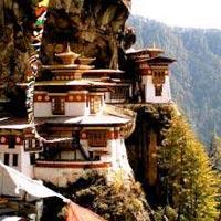 Thimphu - Wangdue - Punakha – Bumthang - Paro