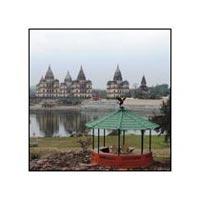Orchha Fort - Chhatris Cenotaphs - Jehangir Mahal - Ram Raja Temple - Chaturbhuj Temple - Raja Mahal - Lakshmi Narayan Temple - Rai Paraveen Mahal - Orchha Wildlife Sanctuary - Dinman Hardauls Palace - Hanuman Mandir