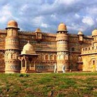 Khajuraho - Orchha - Gwalior - Agra