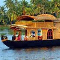 Cochin - Munnar - Thekkady - Cochin - Thekkady - Houseboat