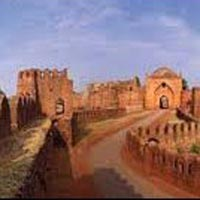 Mumbai - Hyderabad - Gulbarga - Bijapur - Badami - Hospet - Hassan - Mysore - Bangalore