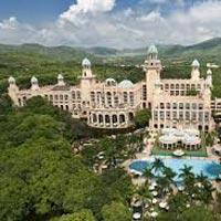 Cape Town - Oudtshoorn - Knysna - Sun City - Emperor Palace