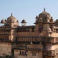 Delhi - Gwalior - Shivpuri - Orchha - Pachmarhi - Bhopal - Sanchi - Bhopal - Delhi