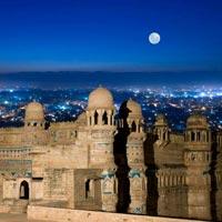 Delhi - Varanasi - Khajuraho - Bandhavgarh National Park -  Kanha National Park - Bhopal - Mandu - Indore - Gwalior