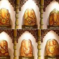 Moreshwar - Moregaon - Siddhatek - Siddhivinayak - Pali - Ballaleshwar - Mahad - Varadvinayak - Theur - Chintamani - Lenyadri - Girijatmaj - Ozar - Vigneshwar - Ranjangaon - Maha Ganapati