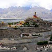 Leh - Alchi - Sangam river - Magnetic hills - Pangong - Khardung La - Nubra Valley - Leh palace & Shanti Stupa
