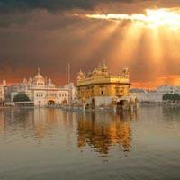 Delhi - Udaipur - Ajmer - Pushkar - Jaipur - Agra - Gwalior - Khajuraho - Orchha - Delhi - Amritsar - Delhi