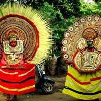 Cochin - Munnar - Thekkady - Cochin Drop