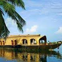 Cochin - Munnar - Thekkady - Alleppey