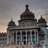 Bangalore - Hassan - Mysore - Coonoor - Cochin - Alleppey - Thekkady - Madurai - Tanjore - Pondicherry - Mahabalipuram - Chennai