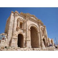 Amman - Jerash - Madaba - Kerak - Petra - Wadi Rum - Aqaba