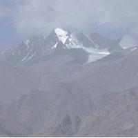 New Delhi - Leh - Lamayuru - Prinkiti La - Hiniu - Konzke La - Sumda Chenmo -Lanak- Dundunchen La - Alchi - Leh