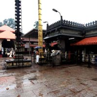Bangalore - Hosur - Sharvanabelagola - Belur - Halebid - Hassan - Sringeri - Mookambika (Kollur) - Udippi - Dharmastala - Subramaniya - Mysore - Hogenakkal