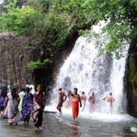 Madurai - Kumbakkarai - Suruli - Papanasam - Courtallam - Kanyakumari - Manimutharu - Thiruparappu