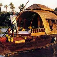 Cochin – Munnar – Thekkady – Houseboat –Kovalam – Kanyakumari - Trivandrum