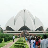 Delhi - Mandawa - Bikaner - Khuri - Jaisalmer - Jodhpur - Mount Abu - Ranakpur - Udaipur (Kumbhalgarh) - Chittorgarh - Bundi - Ranthambore - Pushkar - Jaipur - Bharatpur - Agra - Fatehpur Sikri - Delhi