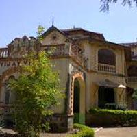 Ahmedabad - Chottaudaipur - Jambugodha - Uthelia - Bhavnagar - Palitana - Gondal - Wankaner