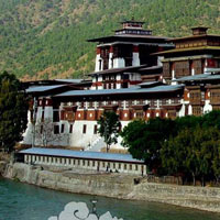 Phuentsholing - Thimphu - Punakha - Paro