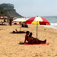 Trivandrum - Kanyakumari - Kovalam - Varkala Beach - Alleppey - Kumarakom - Munnar - Eravikulam National Park - CochinGuruvayoor - Wayanad - Calicut