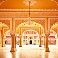 Delhi - Varanasi - Khajuraho - Orchha - Agra - Jaipur - Jodhpur - Udaipur - Mumbai