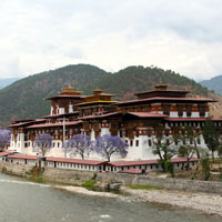 Western Bhutan Valleys Of Thimphu - Punakha - Wangdue Phodrang - Haa - Paro - Central Bhutan Valleys Of Trongsa - Bumthang
