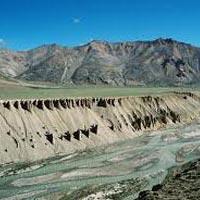 Manali - Chandertal - Kaza - Dhankar - Tabo - Losar - Jispa - Sarchu - Leh - Kahrdungla - Nubra Valley - Leh