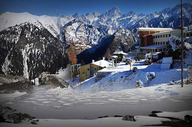 17 Best Snow Places In India