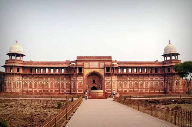 Agra Fort is one of the UNESCO world heritage in agra