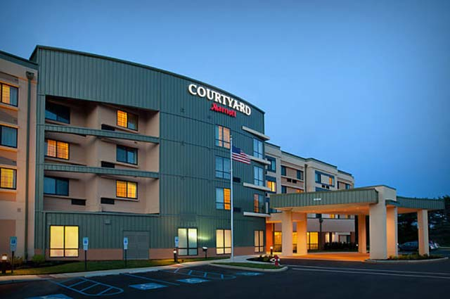 Courtyard by Marriott Gurgaon is a world-class resort in Gurgaon