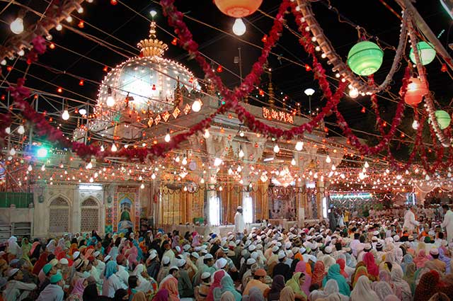 Dargah Shariff is one of the famous places in Ajmer