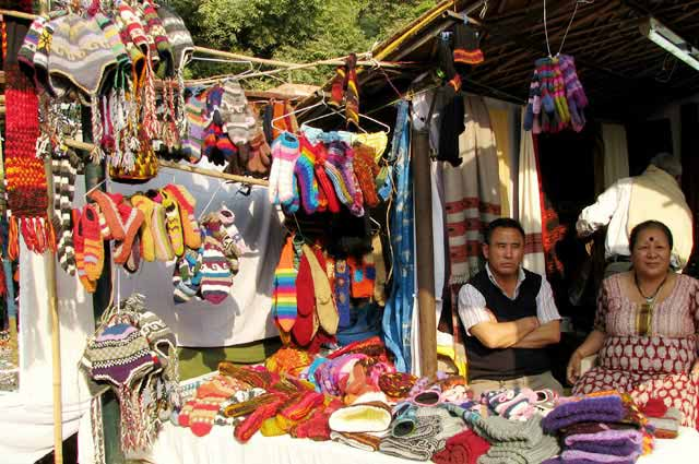 Dilli Haat s the best shopping place In Delhi
