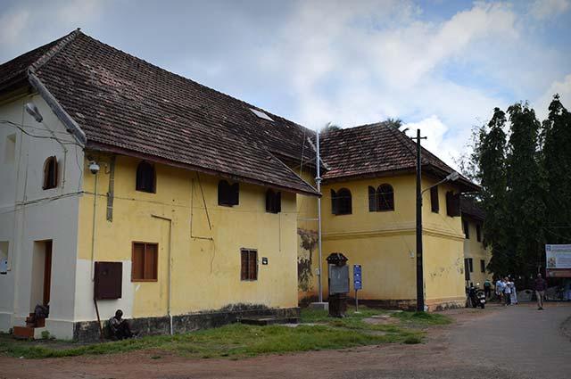 Halo Backwaters - Best Travel Agents in Kochi
