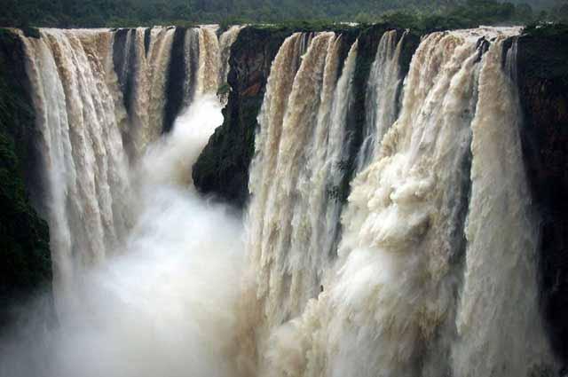 Jog Falls are mesmerizing waterfalls located in Shimoga