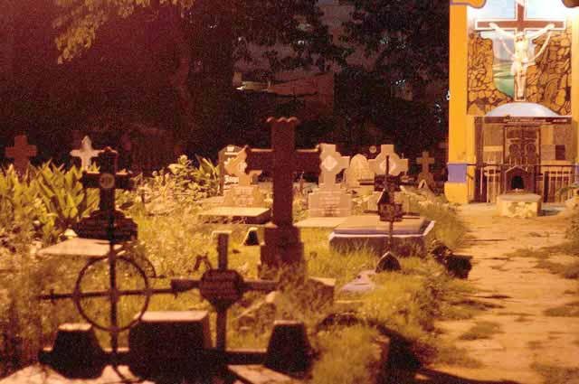 Kalpalli Cemetery is one of the most popular haunted places in Banglore