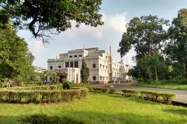 Lal Bagh Palace is an eye catchy building located near Indore