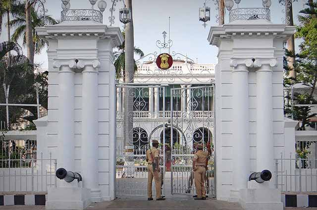 Raj Niwas is the famous place to visit in pondicherry
