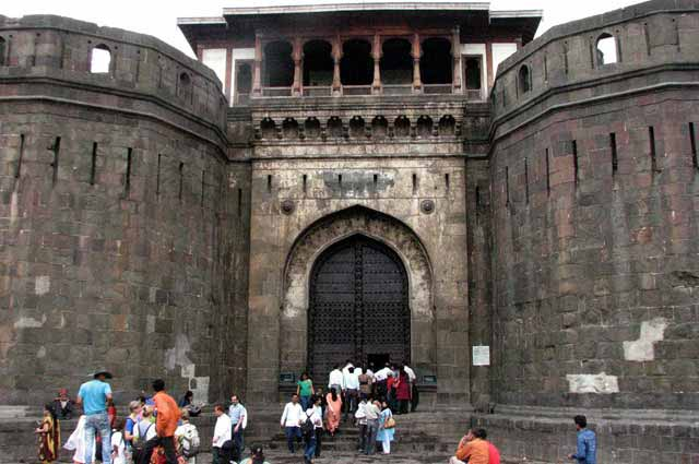 Shanivar Vada is the famous tourist places to visit in pune