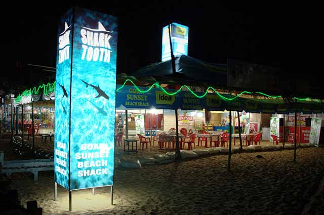 Enjoy party in sea at night in Goa