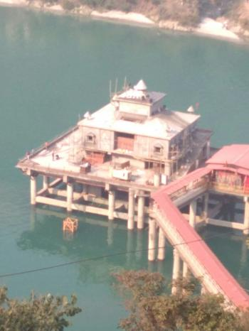 Dhari devi temple at srinagar