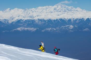 Skiing in the Himalayas of Kashmir