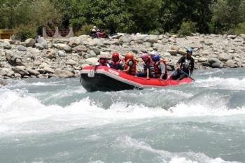 RAFTING  AT PAHALGAM
