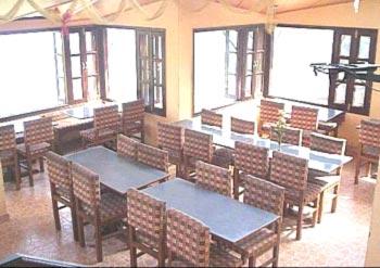 Winnies Holiday Inn Economy Hotel In Kasauli Accomodation In Kasauli India Id 9663