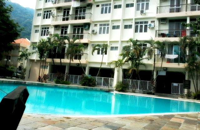 Swimming Pool and Bayu Emas Apartment
