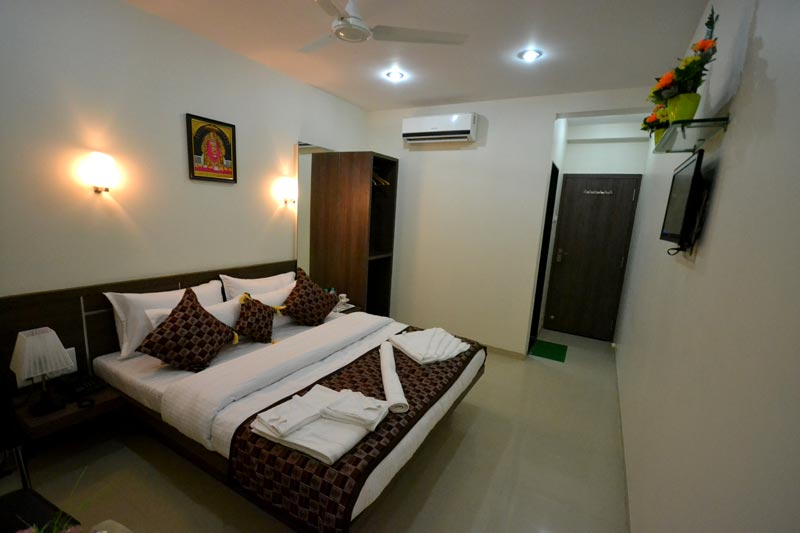 Twin Sharing super deluxe room AC
