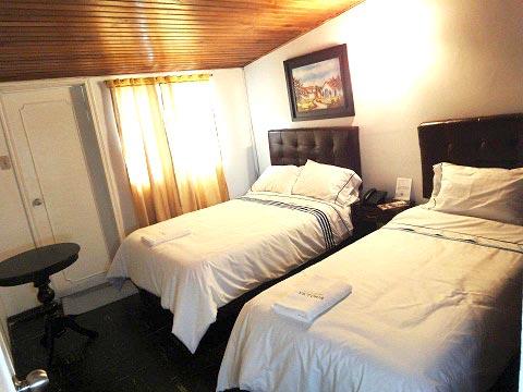 Casa Hotel Victoria Room 3