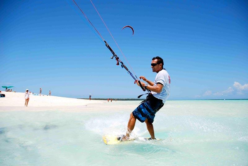 Kite surfing at Flamboyant